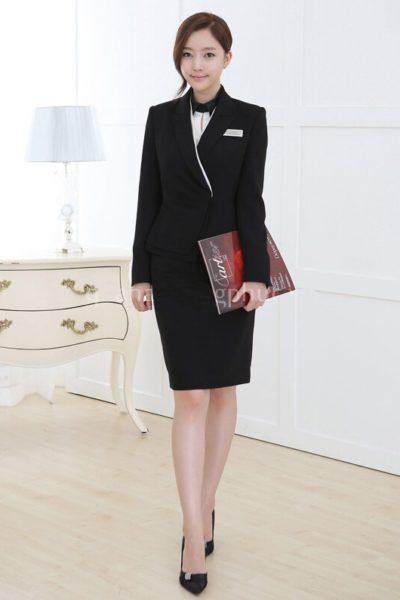Đồng phục nhà hàng khách sạn – Đồng phục quản lý váy đen, vest đen 02