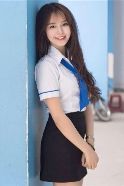 Đồng phục học sinh sinh viên – Đồng phục sinh viên áo sơ mi trắng viền xanh tay ngắn 02