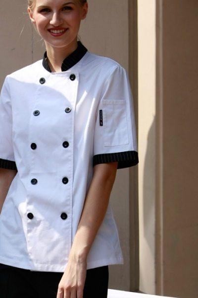 Đồng phục nhà hàng khách sạn – Đồng phục bếp màu trắng phối đen 03