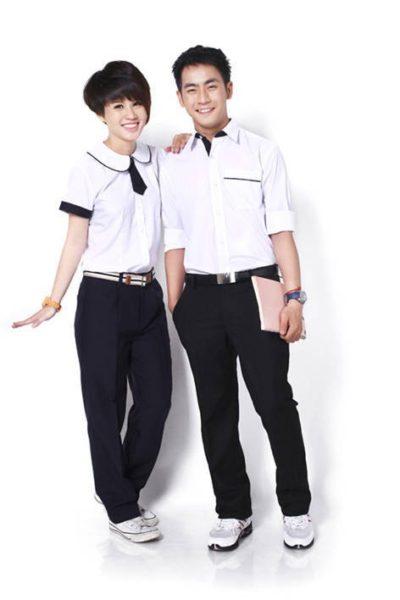 Đồng phục học sinh sinh viên – Đồng phục học sinh cấp II quần tây đen, áo sơ mi trắng 08
