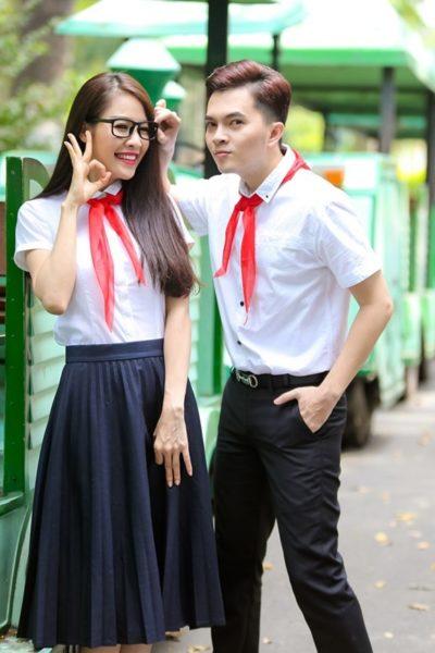 Đồng phục học sinh sinh viên – Đồng phục học sinh cấp II áo sơ mi trắng tay ngắn 09