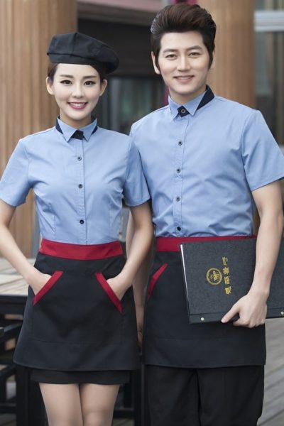 Đồng phục nhà hàng khách sạn – Đồng phục pha chế tạp dề đen phối đỏ, áo sơ mi xanh 14