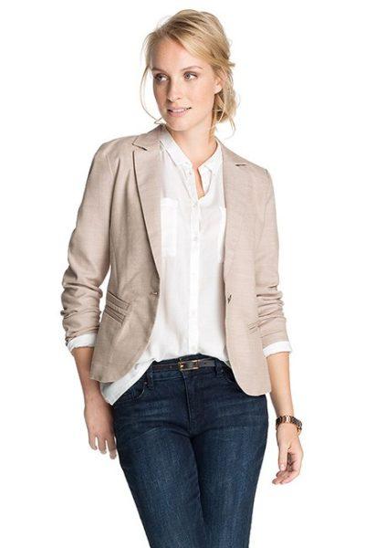 Đồng phục công sở – Áo vest nữ màu kem 18
