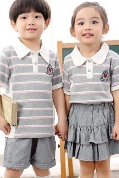 Đồng phục học sinh sinh viên – Đồng phục học sinh cấp I váy, quần xám, áo thun cổ trụ xám sọc ngang tay ngắn 03