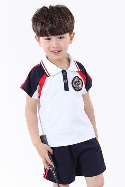 Đồng phục học sinh sinh viên – Đồng phục học sinh cấp I quần xanh đen phối sọc, áo thun cổ trụ trắng phối tay xanh đen có sọc đỏ 05