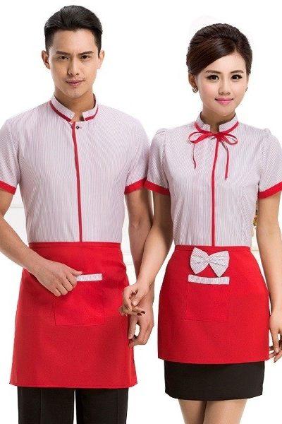 Đồng phục nhà hàng khách sạn – Đồng phục phục vụ áo trắng sọc đỏ viền đỏ tạp dề đỏ 33