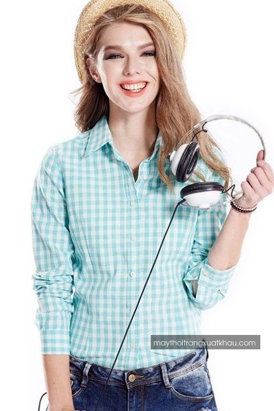 Đồng phục công sở – Áo sơ mi nữ màu trắng họa tiết caro xanh tay dài 29