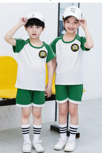 Đồng phục học sinh sinh viên – Đồng phục mầm non áo thun cổ tròn sọc trắng phối xanh rêu, quần xanh rêu phối trắng 40