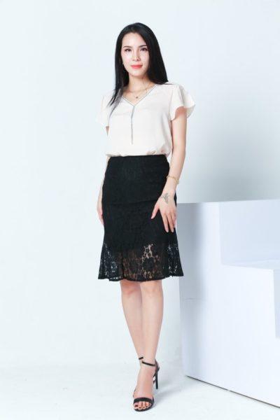 Đồng Phục Công Sở- Chân váy nữ màu đen phối ren 103