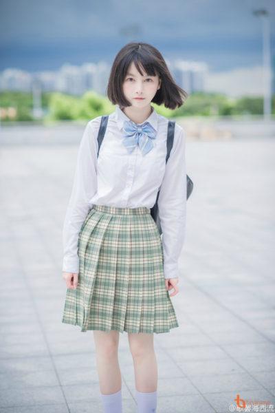 Đồng phục học sinh sinh viên – Đồng phục học sinh cấp III váy caro, áo sơ mi dài tay 85