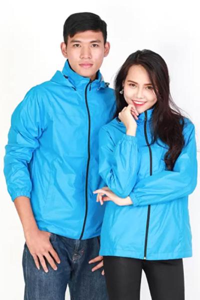Đồng phục áo khoác – Áo khoác gió có nón màu xanh da trời 106