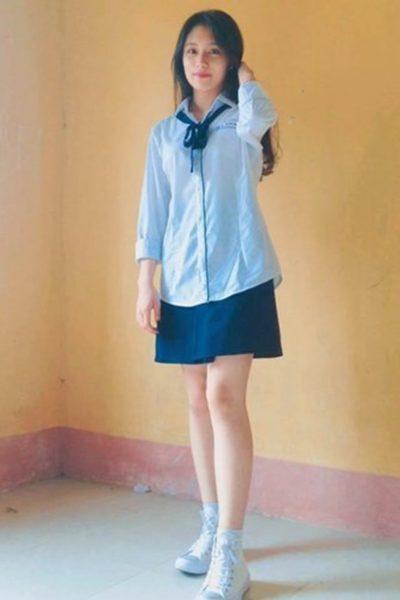Đồng phục học sinh sinh viên – Đồng phục học sinh cấp III váy xanh dương, áo xanh nhạt 85