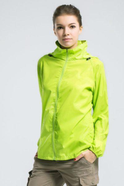 Đồng phục áo khoác – Áo khoác gió có nón màu xanh lá  111
