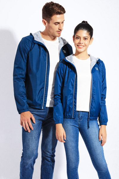 Đồng phục áo khoác – Áo khoác gió có nón màu xanh dương 105