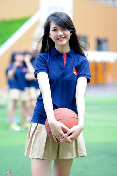 Đồng phục học sinh sinh viên – Đồng phục học sinh cấp III váy xếp li, áo thun cổ trụ 86
