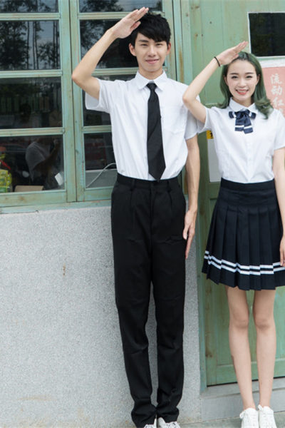 Đồng phục học sinh sinh viên – Đồng phục học sinh cấp III váy xếp li sọc đen, áo sơ mi trắng ngắn tay phối nơ, cà vạt 83