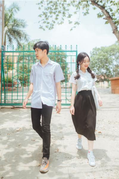 Đồng phục học sinh sinh viên – Đồng phục học sinh cấp III váy đen, áo sơ mi trắng 88